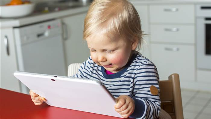 How early should toddlers play with tablets? Study may surprise you
