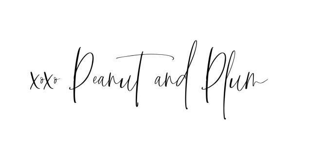 Signature Cacahuète et Prune