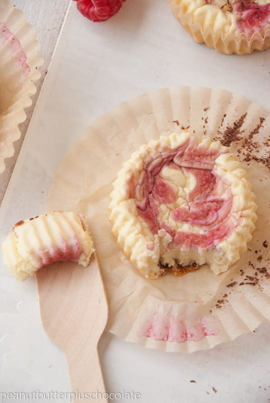 Healthy Raspberry Swirl Mini Protein Cheesecakes