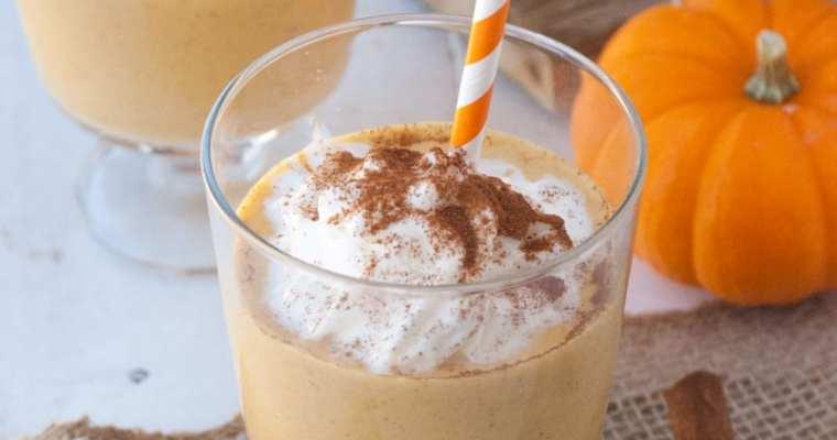 Healthy Pumpkin Pie Milkshake