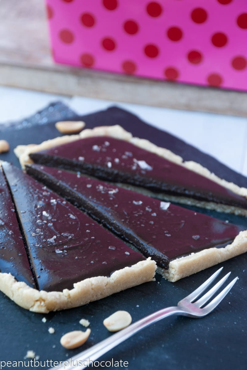 Healthy Chocolate Peanut Butter Tart