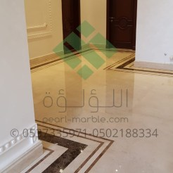 Clear-marble-and-tiles009