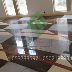 Clear-marble-and-tiles037