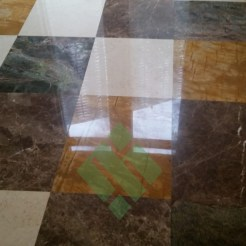 Clear-marble-and-tiles041