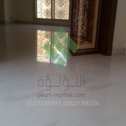 Clear-marble-and-tiles058