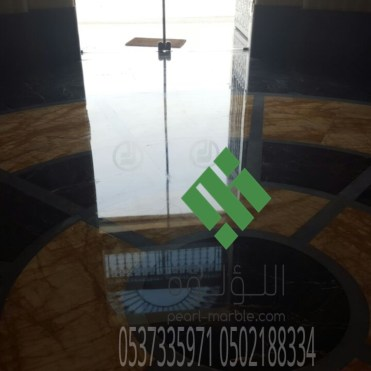 Clear-marble-and-tiles098