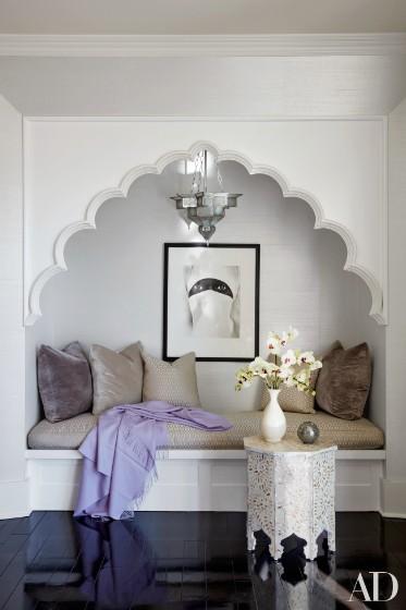 khloe-kardashian-home-house-inside-decpratio-architectural-digest-14-373x560