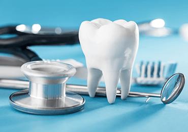 Dentist Ottawa ON flossing