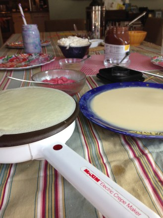 Making crêpes at home.