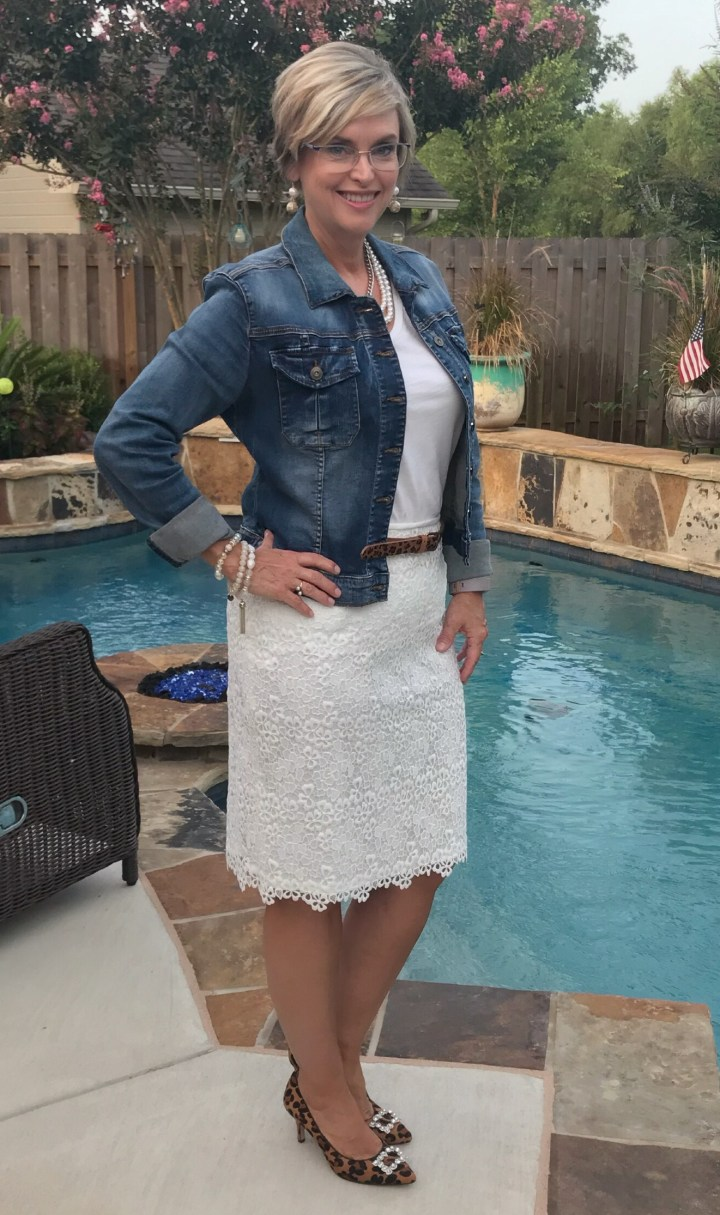 How to Style a lace skirt