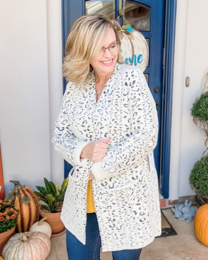 ctober Stitch Fix Reveal | Evolution by Cyrus Fuzzy cardigan