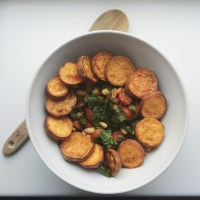 Crunchy Sweet potato Satay Salad