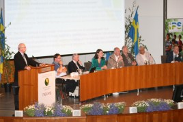 Panel debate at the International Peat Congress in Stockholm, June 2012. Photo: Hannu Salo
