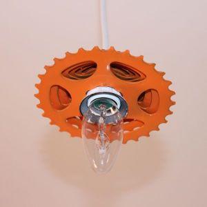 Lustra cu pinion de bicicleta - Upcycling