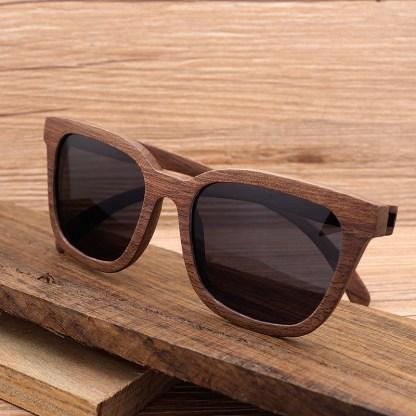 Ochelari de soare din lemn Bobo Bird cu lentila neagra