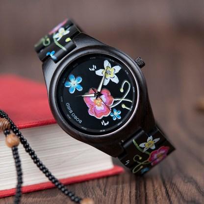 Ceas din lemn Bobo Bird cu flori