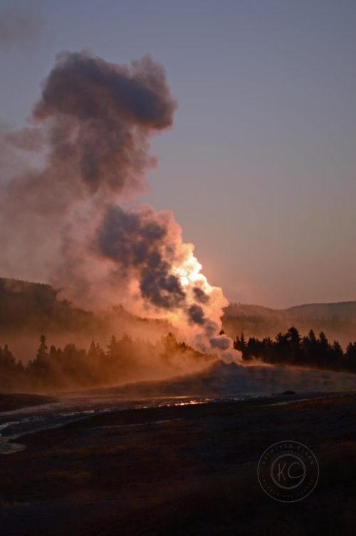 Yellowstone National Park Visitors Guide Old Faithful Sunrise