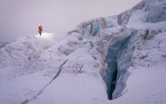 Navigating the maze of crevasses