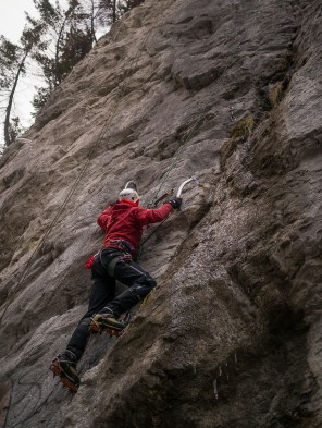 Spring dry tooling