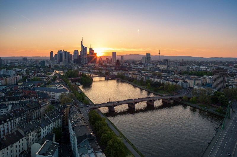 Frankfurt Skyline Mainplaza