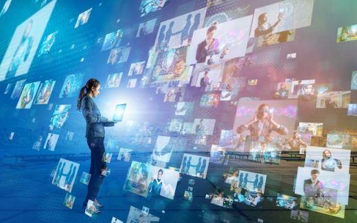 新しい社内連絡の方法、ビジネスチャットツールの導入と活用