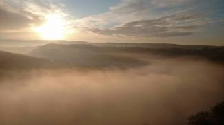 Early morning mist over the Wye from Yat Rock