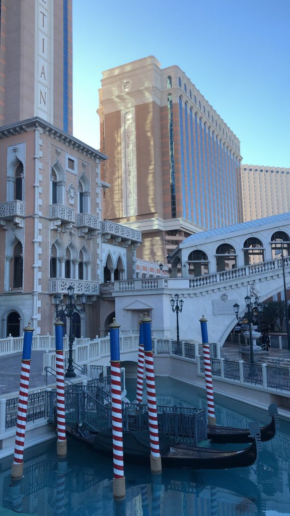 10 Things to Do in Las Vegas Other Than Drinking and Gambling