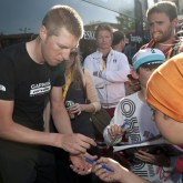 Hesjedal signs autographs following Stage 9. [P] Slipstream Sports
