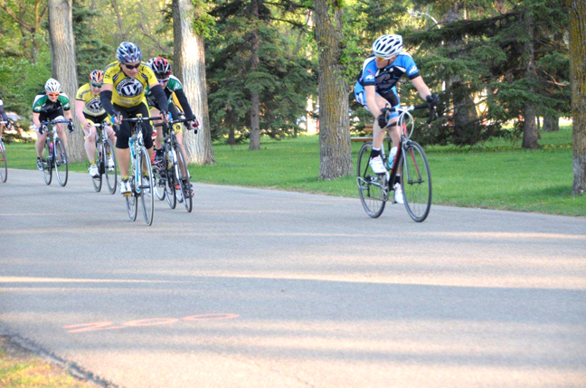 "Manitoba Cycling Association Introduces ""Training Crit Races"