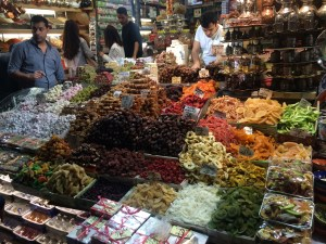 Getting a taste of the new world. Spice Market, Istanbul, 2014