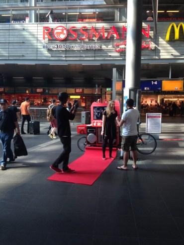 Lenovo Promotion Lastenrad #LenovoIFA am Hauptbahnhof
