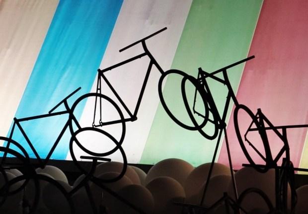 Bicycle touring off-season (Live)