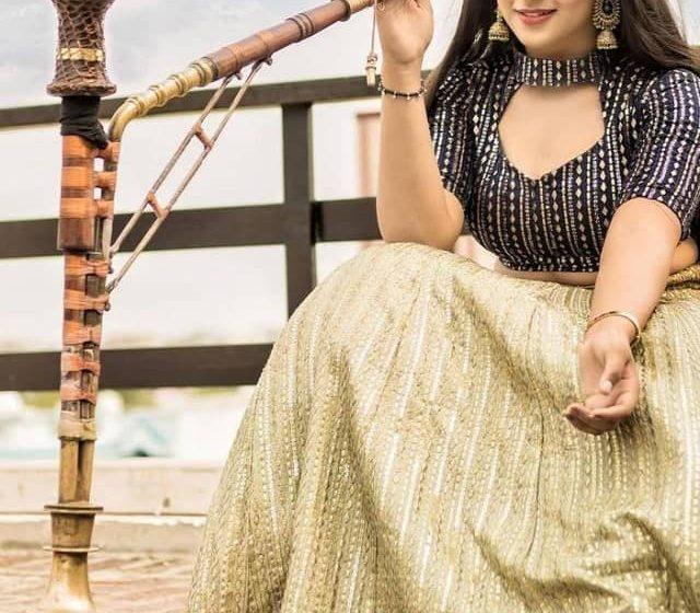 Pranjal Dahiya sizzle in her bohemian look.