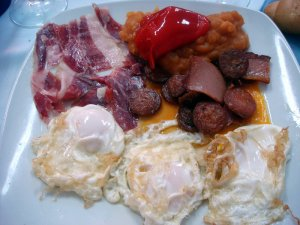 Huevos en Casa Rica