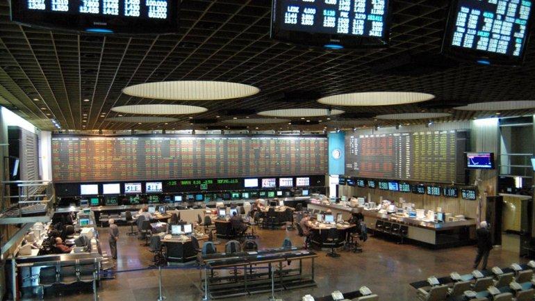 Argentina urge capital fresco y para ello promueve mercado bursátil - Argentina urge capital fresco y para ello promueve mercado bursátil