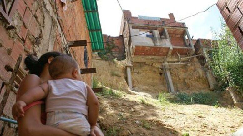 Dura lucha Pobreza extrema se mantuvo en 44 - ¡Dura lucha! Pobreza extrema se mantuvo en 4,4%
