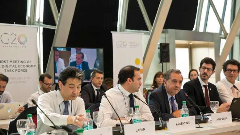 Más de 100 países buscarán consenso tributario sobre economía digital para 2020 - Más de 100 países buscarán consenso tributario sobre economía digital para 2020