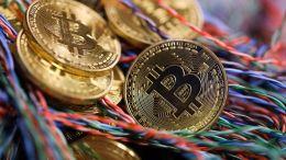 """Vaticinan la """"cruz de la muerte"""" para el Bitcoin - Vaticinan la """"cruz de la muerte"""" para el Bitcoin"""