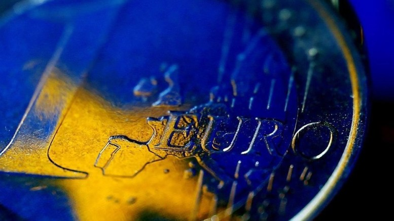 La eurozona aprueba nuevos préstamos a Grecia - La eurozona aprueba nuevos préstamos a Grecia