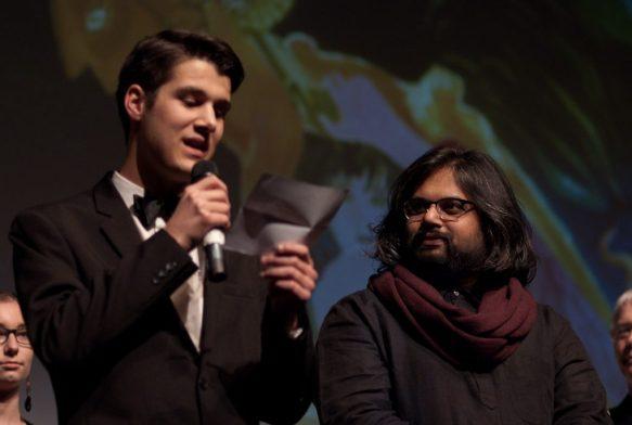 Shonali Bose et Pierre Convers lors de la remise des prix