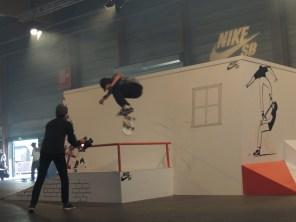 Les skateurs sur le park Nike SB