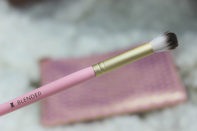 Absolute Essentials- Set de pinceaux TOO FACED-23