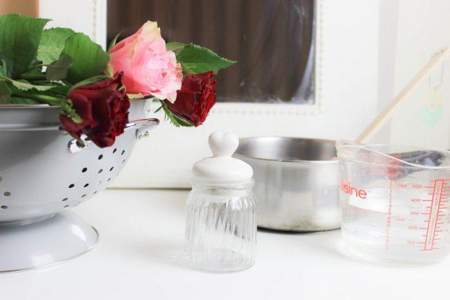 diy beaut pour mes valentines la lotion tonique l 39 eau de rose maison peek a booo. Black Bedroom Furniture Sets. Home Design Ideas