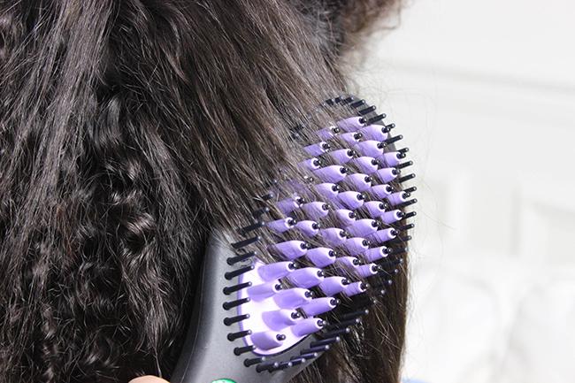 La brosse Dafni : lissage et brushing en moins de 5 min