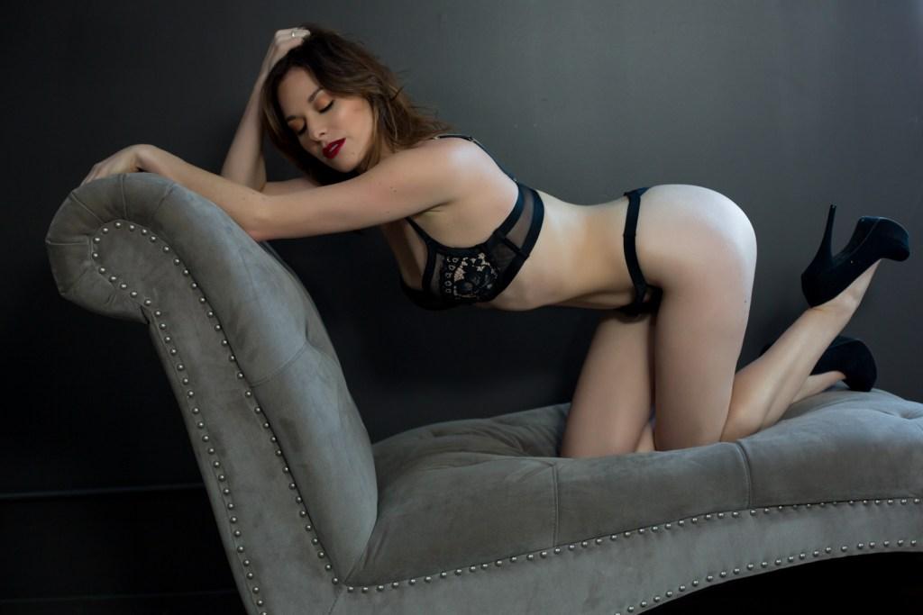 Portland-Boudoir-Studio-Photos-Sexy-11
