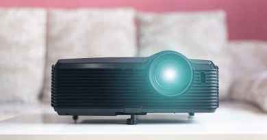 Portable Smartphone Projectors For Home or Travel - The 10 Best Reviewed