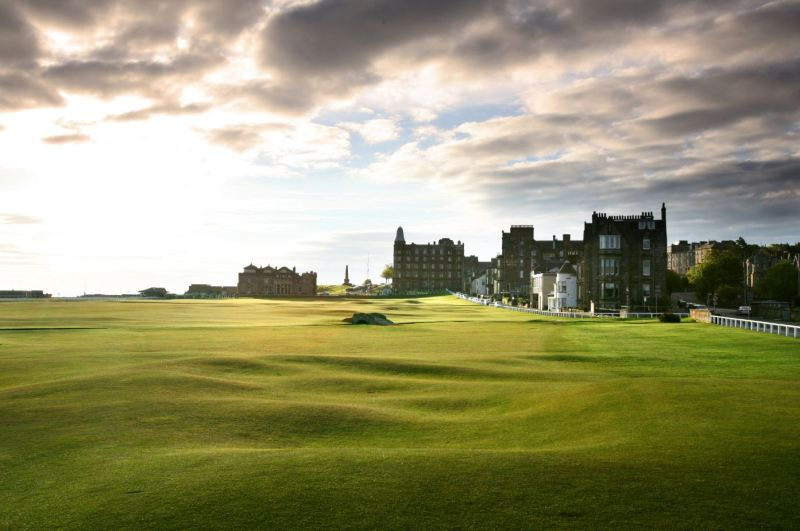 Old Course – St Andrews, UK