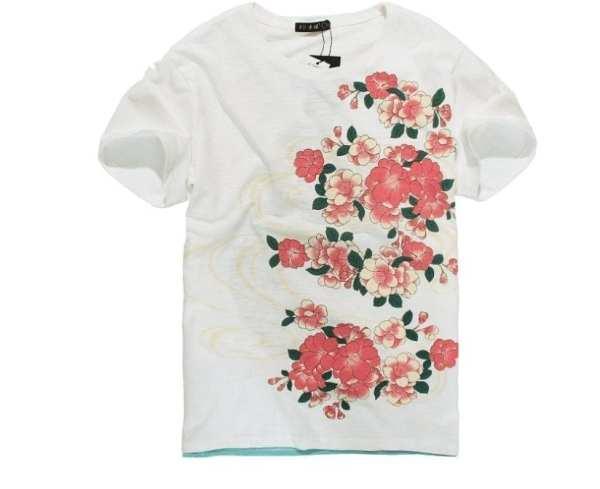 Elegante camiseta de bordado para hombre