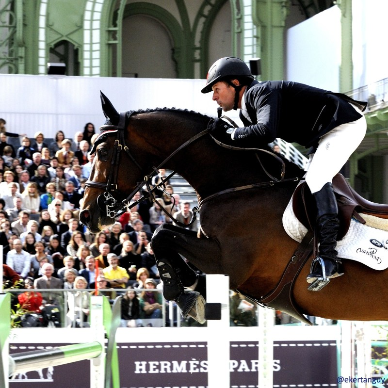 www.pegasebuzz.com | Hickstead and Eric Lamaze at Saut Hermès by Erwan Kertanguy