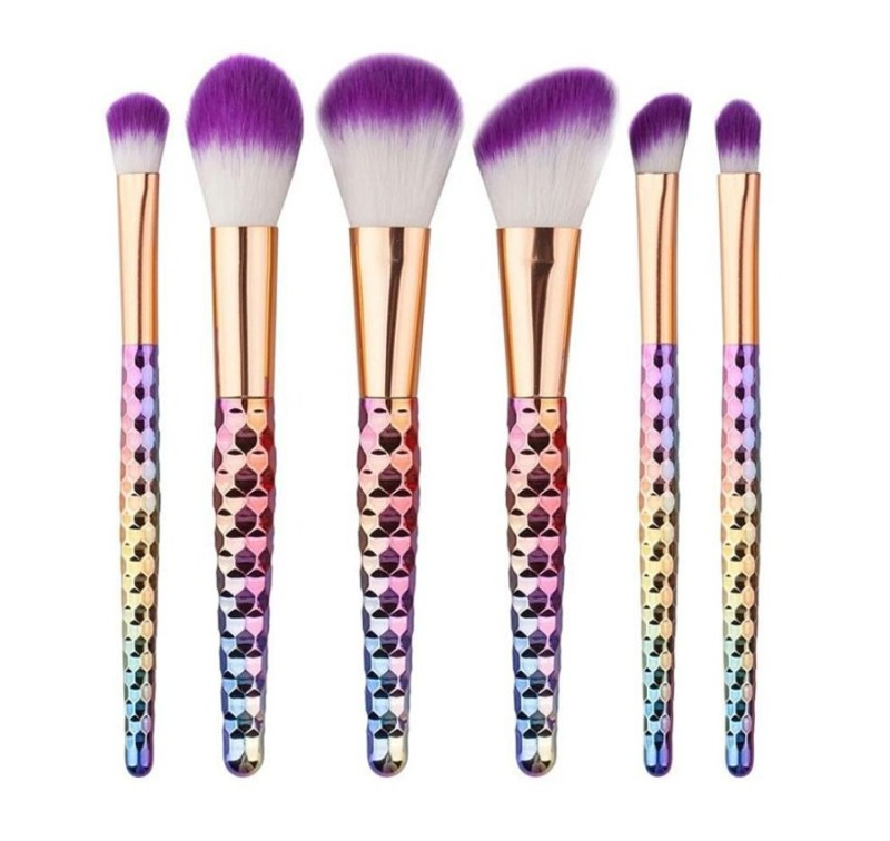www.pegasebuzz.com | Rose Gold Unicorn Make-Up Brushes